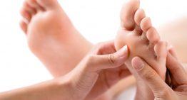 Vinegar Foot Soak for Tired Feet