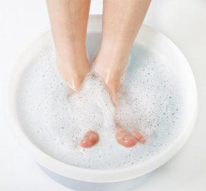 Vinegar and Water Foot Soak