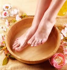 Vinegar for Feet Cleaning