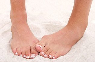 Listerine Foot Soak for Stinky Feet