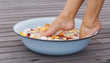 Listerine Cures Stinky Feet