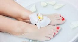 Feet Remedies and Vinegar