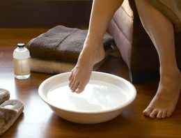 Vinegar Feet Care