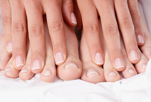 DIY Whiten Your Feet Nails